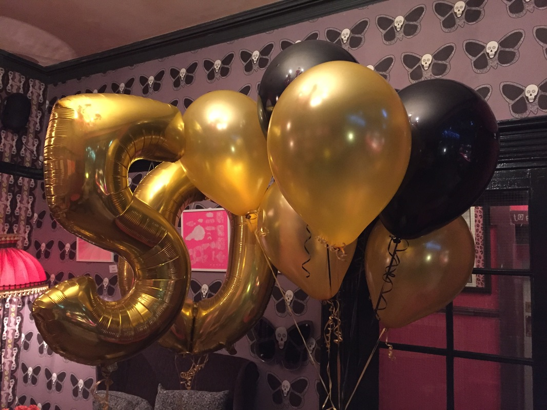 50th Large Foil Numbers And 16 Gold Black Latex Balloons Delivered To The Hotel Pelirocco Regency Square Brighton